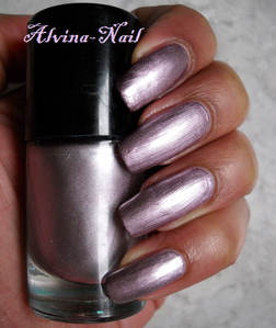 catrice---let-s-mauve-on--Alvina-Nail.png