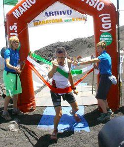 Trincheri-alla-Supermaratona-dell-Etna-2012.jpg