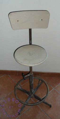 chaise industrielle avant