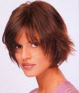 Coupe cheveux mi long degrade volume