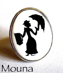 Bague Mary Poppins 2 DISPONIBLE: 15 euros.