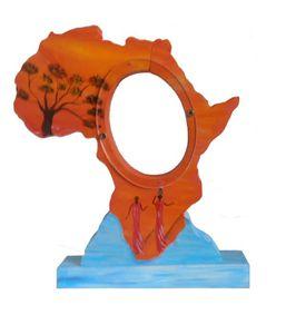 decoration-pour-enfants-tirelire-en-bois-carte-d-afrique-o-.jpg