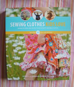 Livre---Sewing-clothes-kids-love.JPG