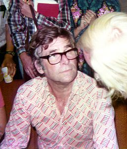 Gene_roddenberry_1976.jpg