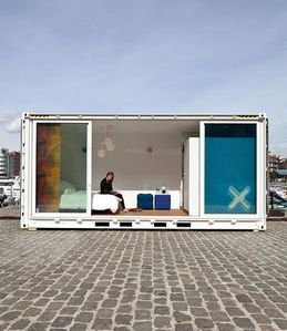 hotel-container
