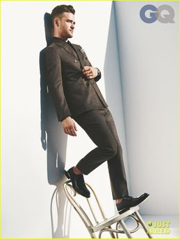 justin-timberlake-covers-gq-men-of-the-year-2013-issue-01