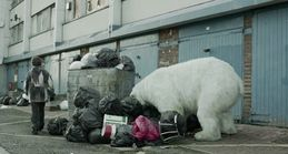 Greenpeace-Homeless-Polar-Bear-London-Campaign-garbage