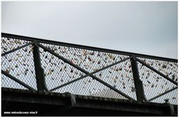 Paris Passerelle des Arts 2