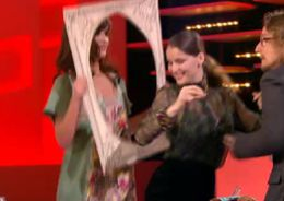 Laetitia Casta Grand journal Canal plus 1