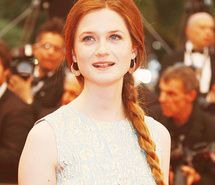bonnie-wright-actress-red-hair-ginger-462138.jpg