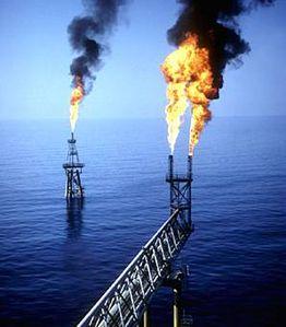 petrole_usine.jpg