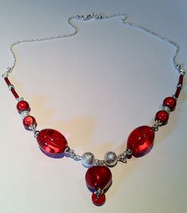 collier-rouge 3236
