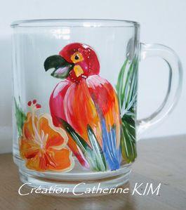 vaisselle-mug-perroquet-en-verre-peinte-a-1672166-c.kim-per.jpg