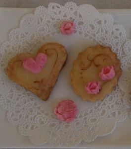 08-Biscuits-shabby-2.jpg