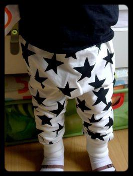 pantalon-bébé-étoiles-beau-loves