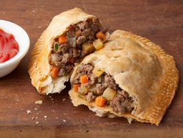 Michigan -Pasty-Meat-Hand-Pie-Recipe s4x3 lg