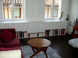29.Grand meuble de rangement et bibliothèque