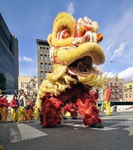 Chinese_New_Year_Lion_Dance.jpg