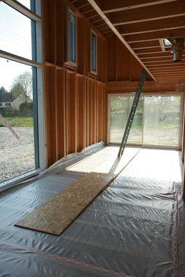 plancher bois bo te en bois bo te en fer. Black Bedroom Furniture Sets. Home Design Ideas