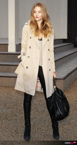 Rosie Huntington-Whiteley at BURBERRY FASHION SHOW leatherg