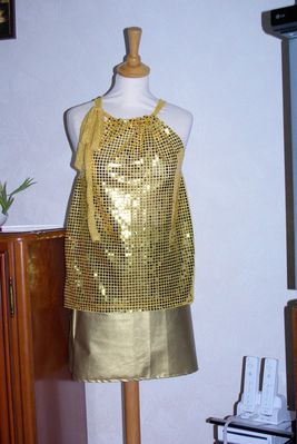 http://img.over-blog.com/267x400/3/83/71/52/mes-creations-couture/IMGP7445.JPG