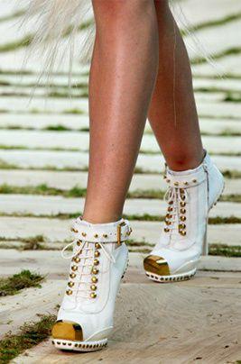boots-McQueen.jpg