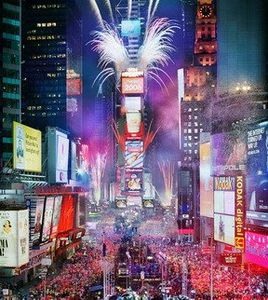 2009_new_year_ball_drop_times_square_live_online_video__new.jpg