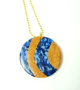 Pendentif marbre bleu et doré 1