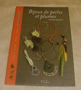 BIJOUX DE PERLES ET DE PLUMES 3,50 euros