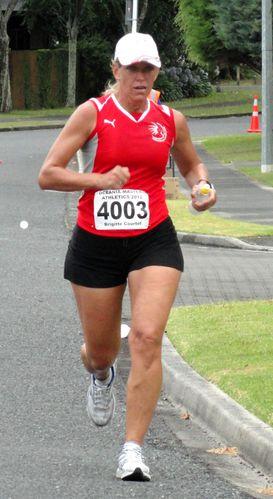 Tauranga---Semi-marathon---12-Fevrier-2012-Brigitte---7-.JPG