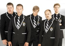The-Hives_200-CLASH-MAG.jpg