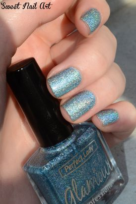 hologram-blue--9-.JPG