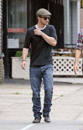 Justin-Timberlake-Grabs-Grub-in-NYC-3-2832x4461