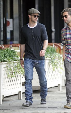 Justin-Timberlake-Grabs-Grub-in-NYC-7-2832x4461