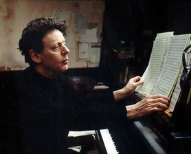 Philip_Glass_by_Annie_Leibovitz.jpg
