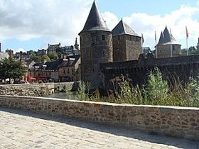 Fougeres11 360