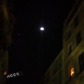29 Moon
