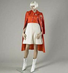 andre_courreges_front.jpg