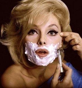 Femme-a-barbe.jpg