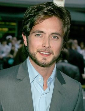 Justin-Chatwin-sexy-serie.jpg