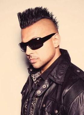 sean-paul-sexy-iroquois-hot-2012.JPG