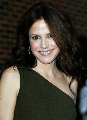 mary-louise-parker-sexy