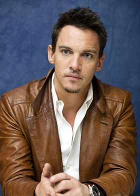 jonathan-rhys-meyers-hot-sexy-2013.jpg