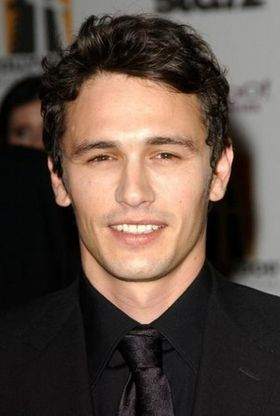 james-franco-sexy-hot-2013.jpg