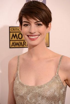 Anne-Hathaway-sexy-hot-2013.jpg
