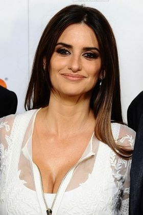 Penelope-Cruz-sexy-hot-2013.jpg