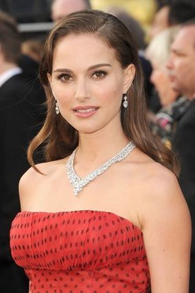 natalie-portman-2013-hot-sexy.jpg