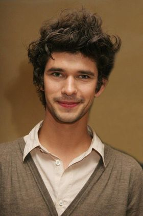 ben-whishaw-sexy-hot-2013.jpg