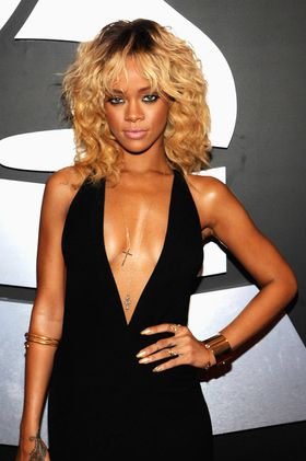 Rihanna-2012-Grammy-Awards.jpg