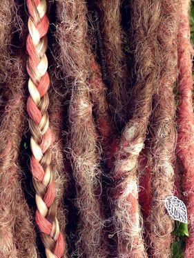 dreads-synthetiques-blond-vieux-rose15